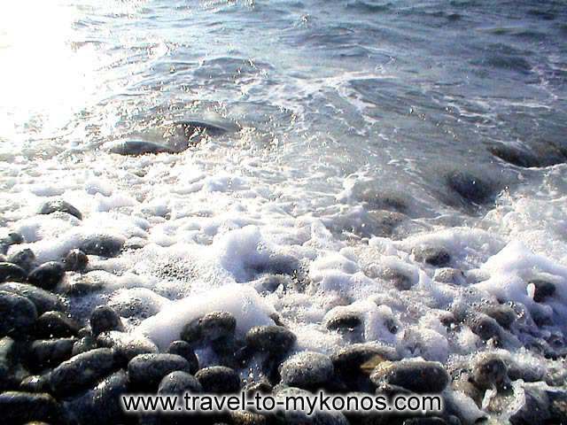 CHOULAKIA BEACH - The waves wash the pebbles...