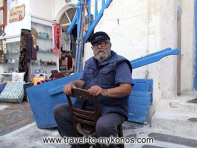 MYKONOS ZORBAS - Hello captain! A characteristic man from Mykonos.