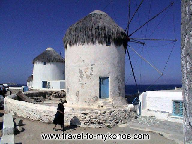 Nowadays, winlmills constitute a picturesque sight of the island. In past they were laboratories of transformation of rural products.