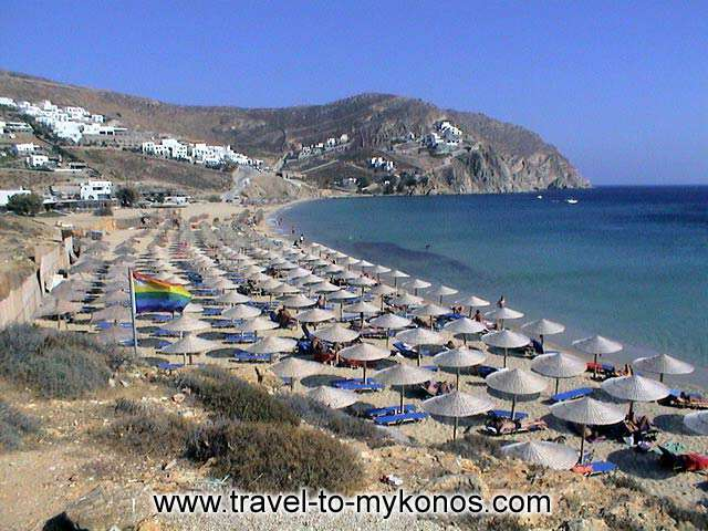 ELIA BEACH - Elia is one from the beaches that prefer the celebrities who make their holidays to Mykonos.