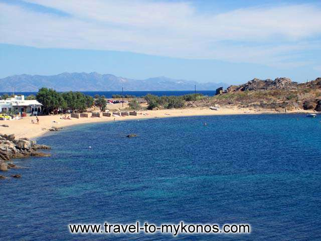 THE BEACH - The beach of Agia Anna between Platis Gialos and Paraga