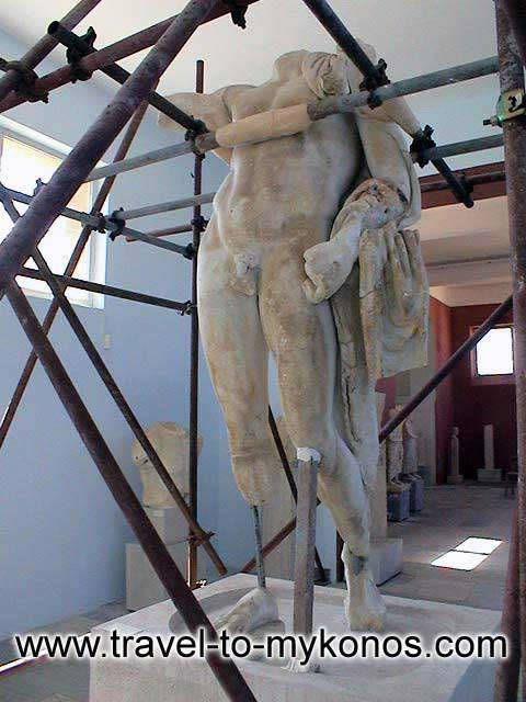 Archaeological museum of Delos - Statue under restoration work in Delos Archaeological Museum