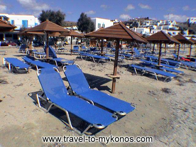 ORNOS BEACH - Ornos beach is found in distance 2 km away from Chora and is an organished beach.