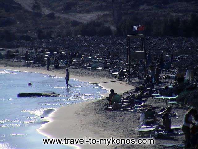 PARAGA BEACH - Paraga beach is the perfect choice for people who avoid the cosmopolitan beaches.