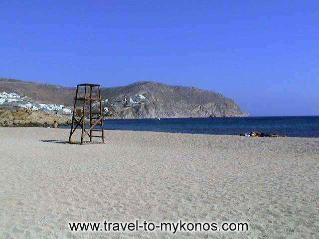 AGRARI BEACH - Does Mykonos have quiet beaches? Visit Agrari and Know the unique beauties of the island.