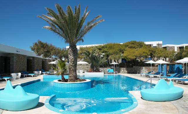 A brand new characteristic of Mykonos Theoxenia is the impressive free form swimming pool, right next to the beautiful landscaped gardens. CLICK TO ENLARGE