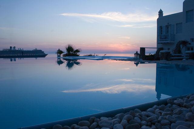 APANEMA RESORT HOTEL IN  Tagou - Mykonos Town